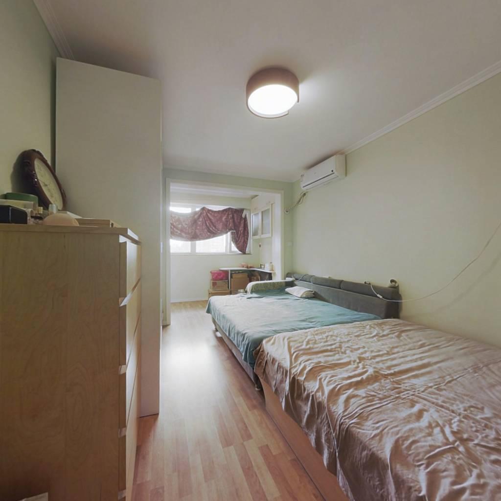 十号线牡丹园月季园精装修西向一居室业主诚心出售