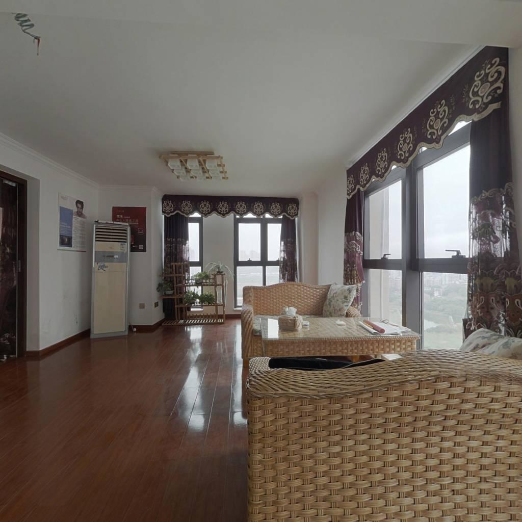 两江蔡家精装公寓,精装修,业主急售。