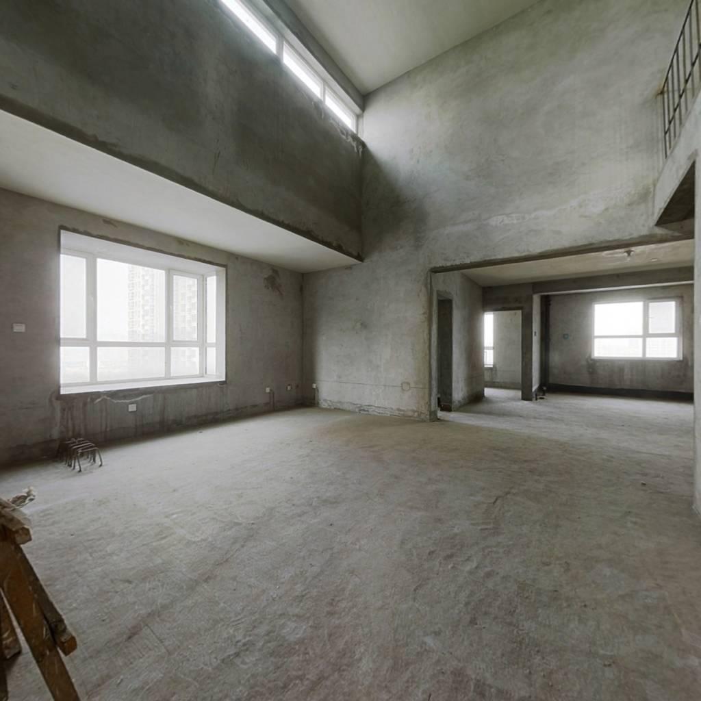 建大洋房顶复 毛坯六室  带观景大露台俯瞰丰庆公园