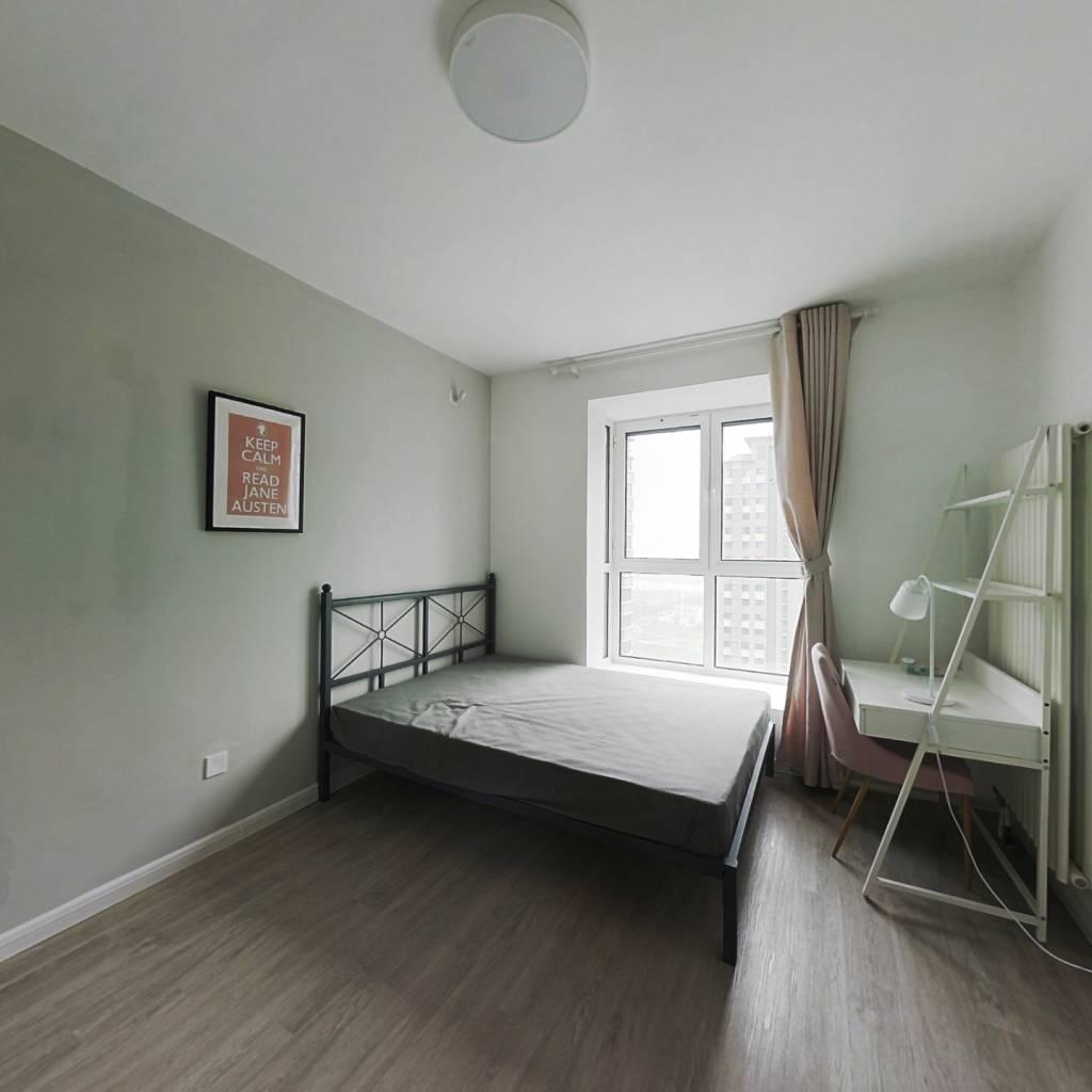 合租·海雅园南区 3室1厅 东卧室图