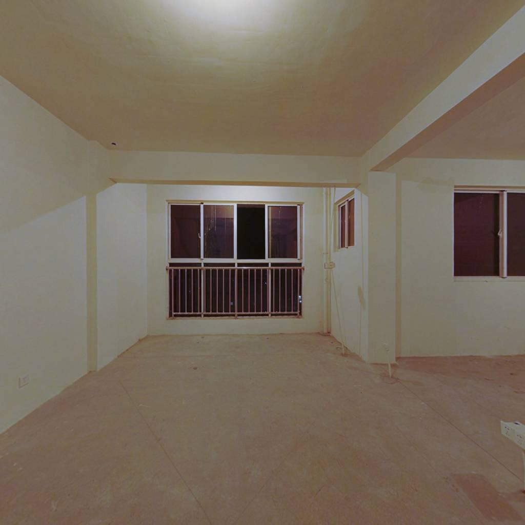云亭街道绿城东苑二区顶楼带阁楼毛坯房位置好两房朝南