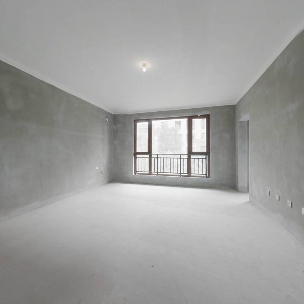 北龙湖低密度现房 洋房社区 建业物业 看房方便