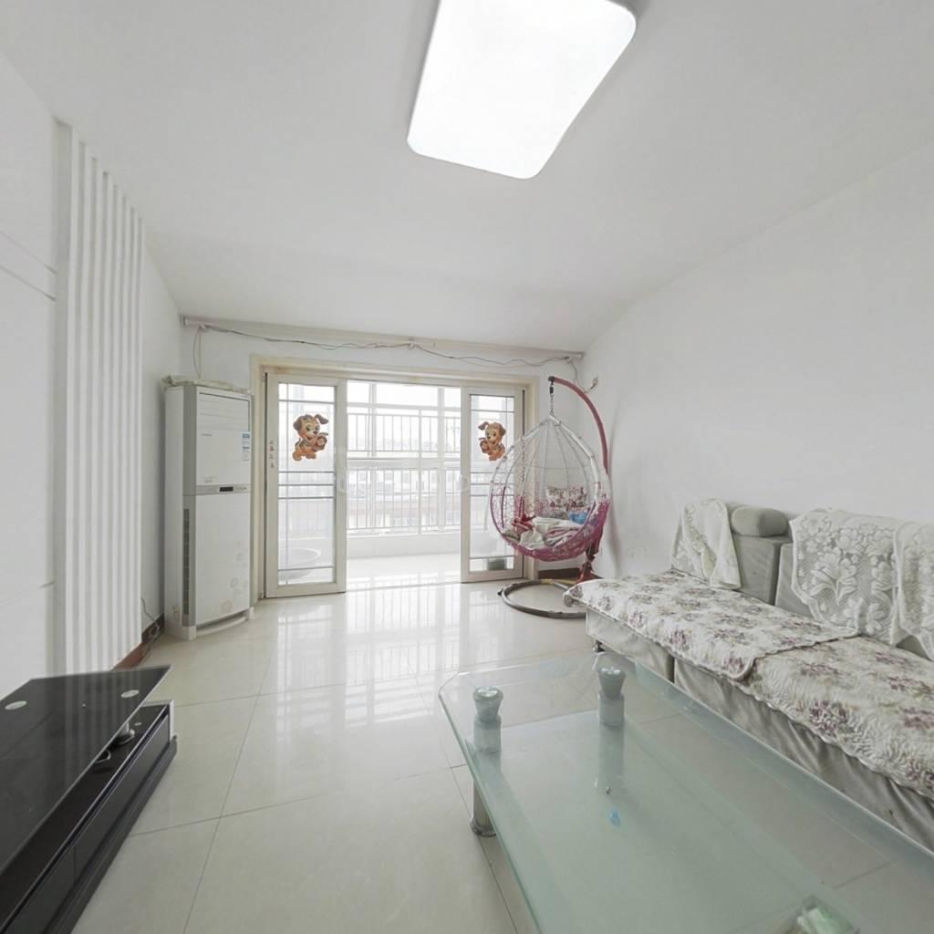 干部休养所  三室住宅 106平带12平配房 看房方便