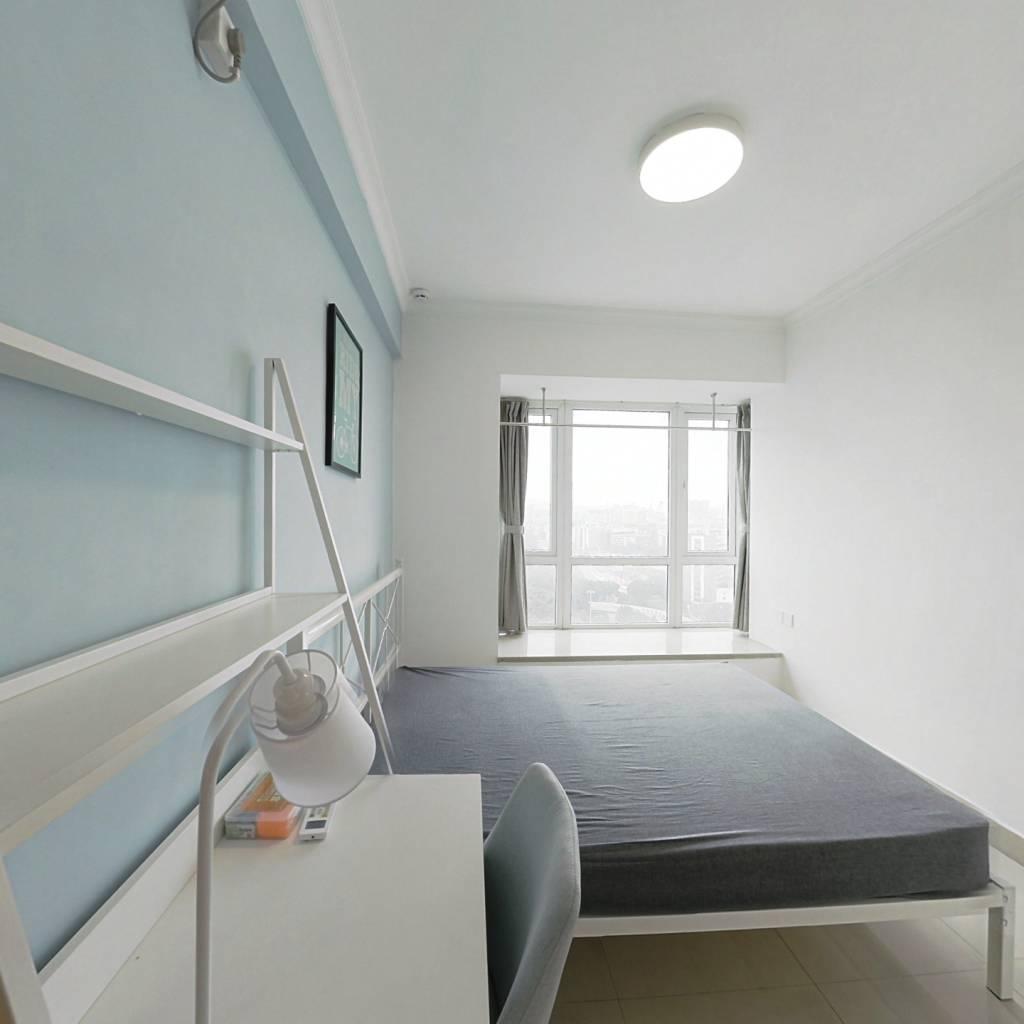 合租·辉洋苑 3室1厅 东卧室图