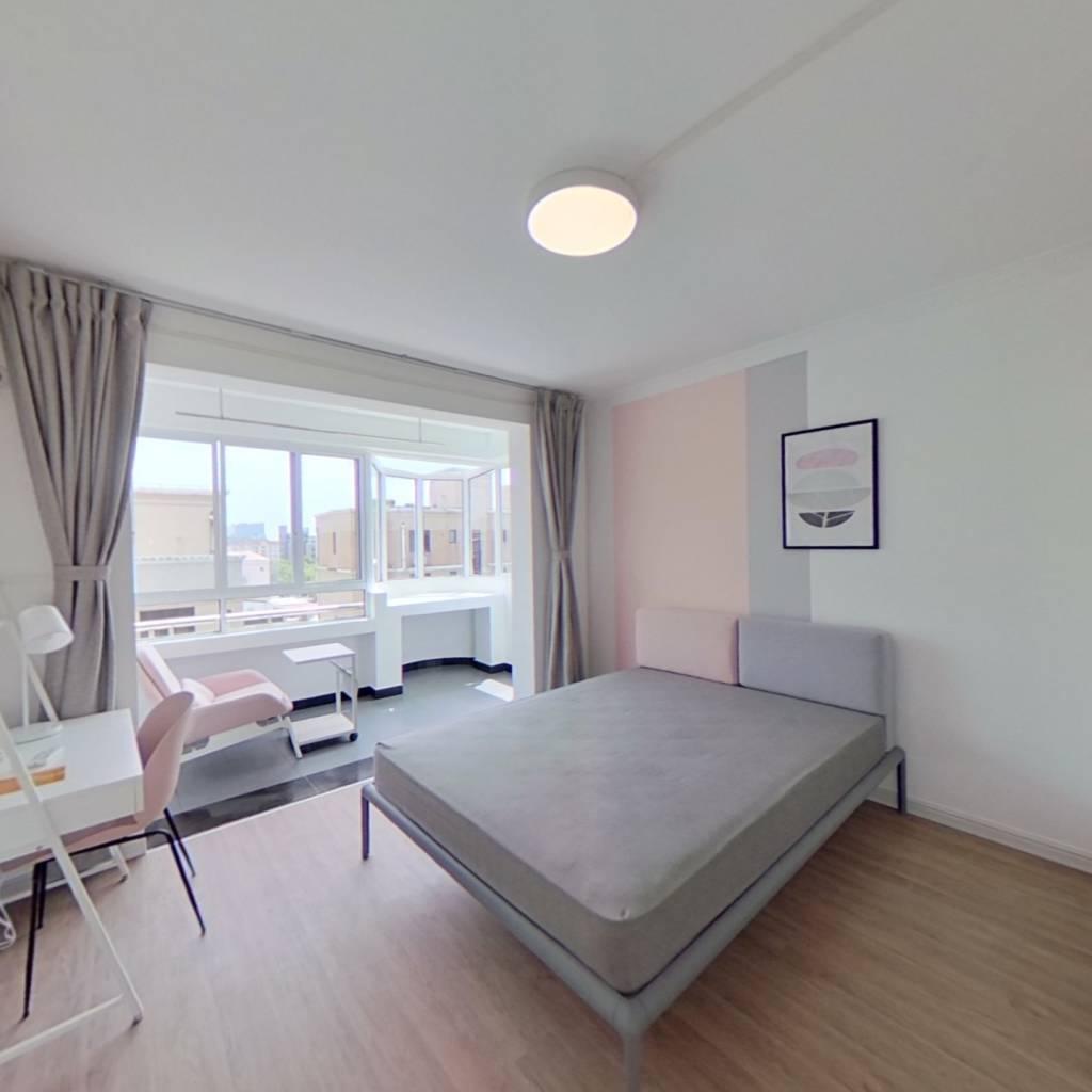合租·大上海国际花园十二区 3室1厅 南卧室图