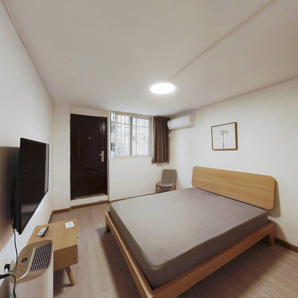 整租·凤城三村 2室1厅 南卧室图