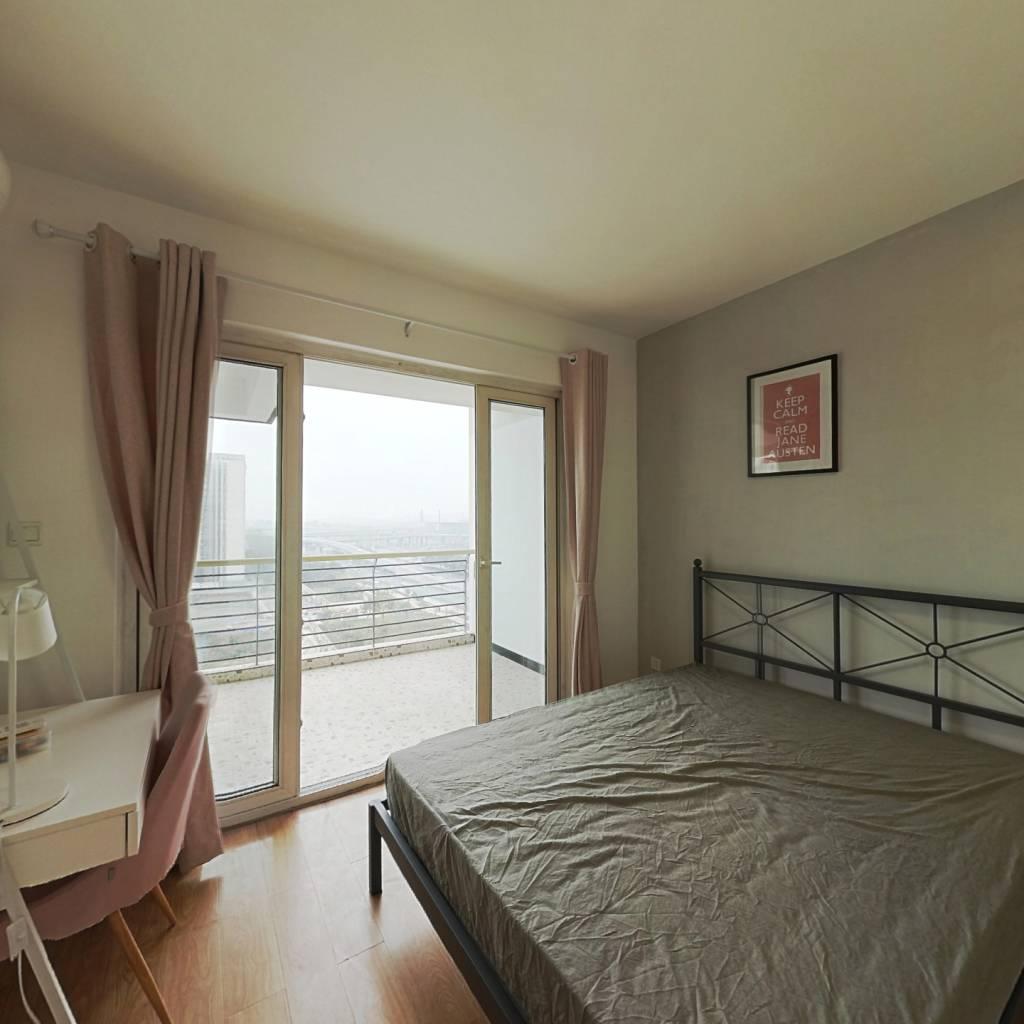 合租·蓝光富丽花城 3室1厅 西卧室图