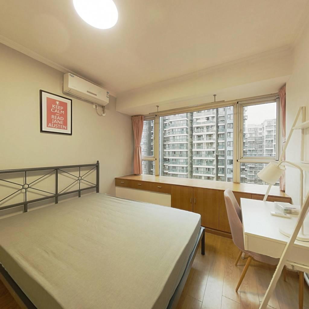 合租·金阳易诚国际 3室1厅 南卧室图