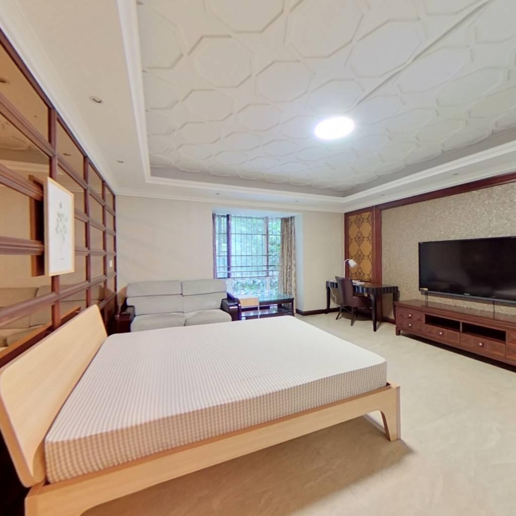 合租·慕和南道 4室1厅 东卧室图