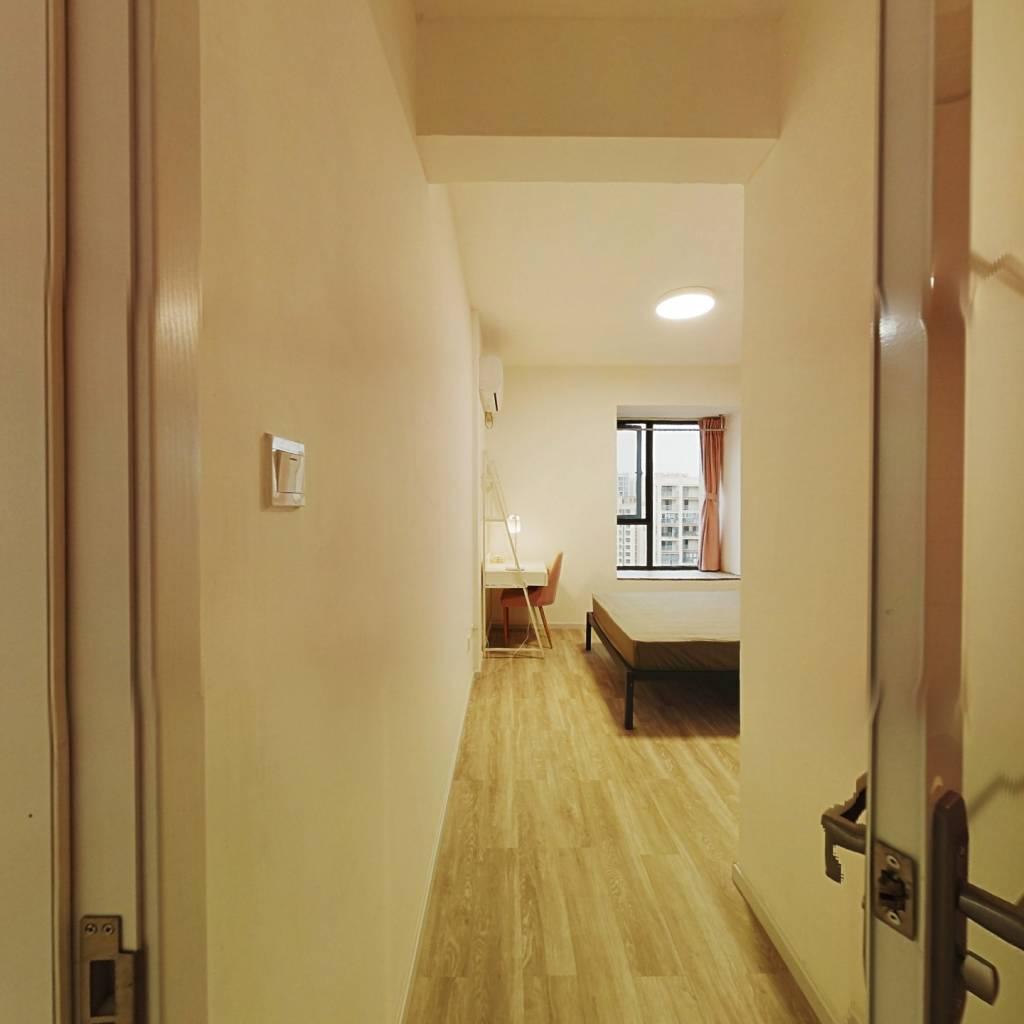合租·光华欣苑 4室1厅 北卧室图