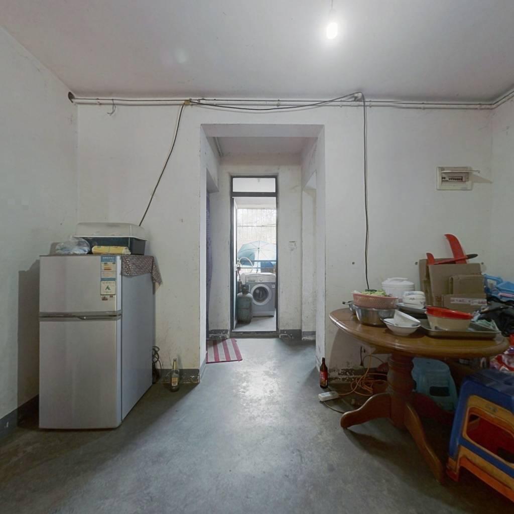 和憬家园,09年商品房,满五年,户型方正,环境优美