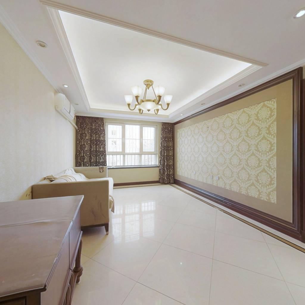 京汉旭城三居室 精装修 带地上车位 看房有钥匙