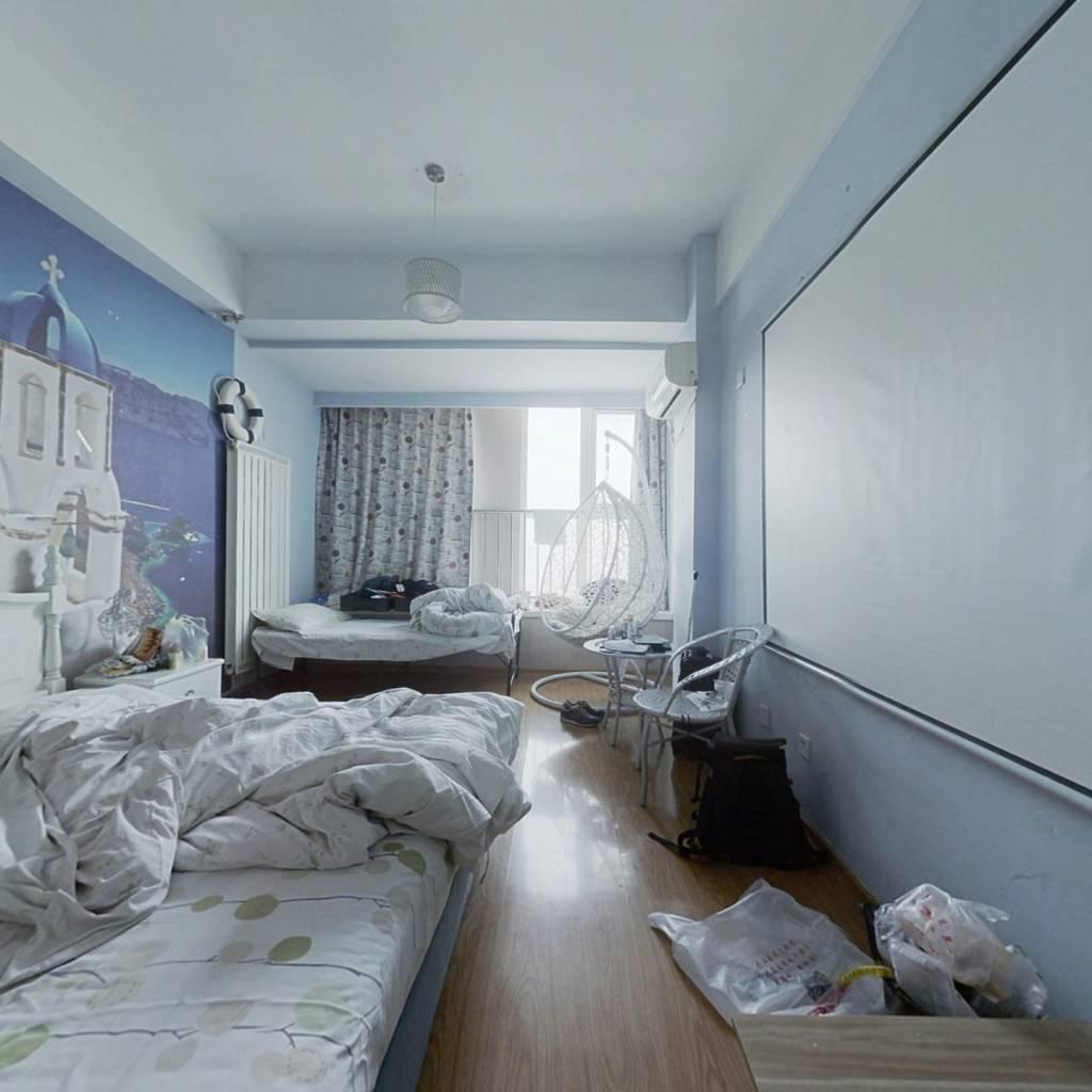 三庆青年城公寓 诚心出售看房方便 位置方便 可自用