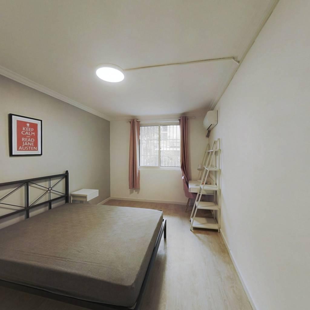 合租·东南新村(浦东) 2室1厅 东北卧室图