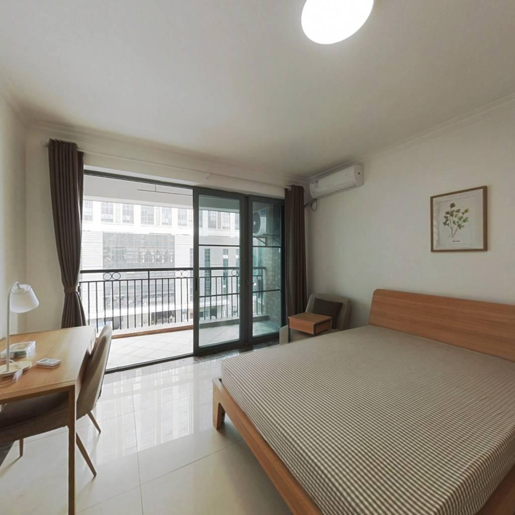 合租·骏景花园 4室1厅 北卧室图