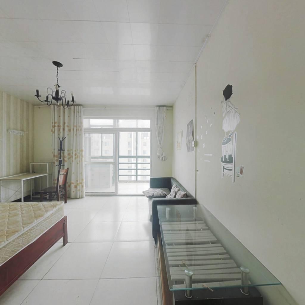 顶楼复式  七室 视野好 诚心出售 看房方便