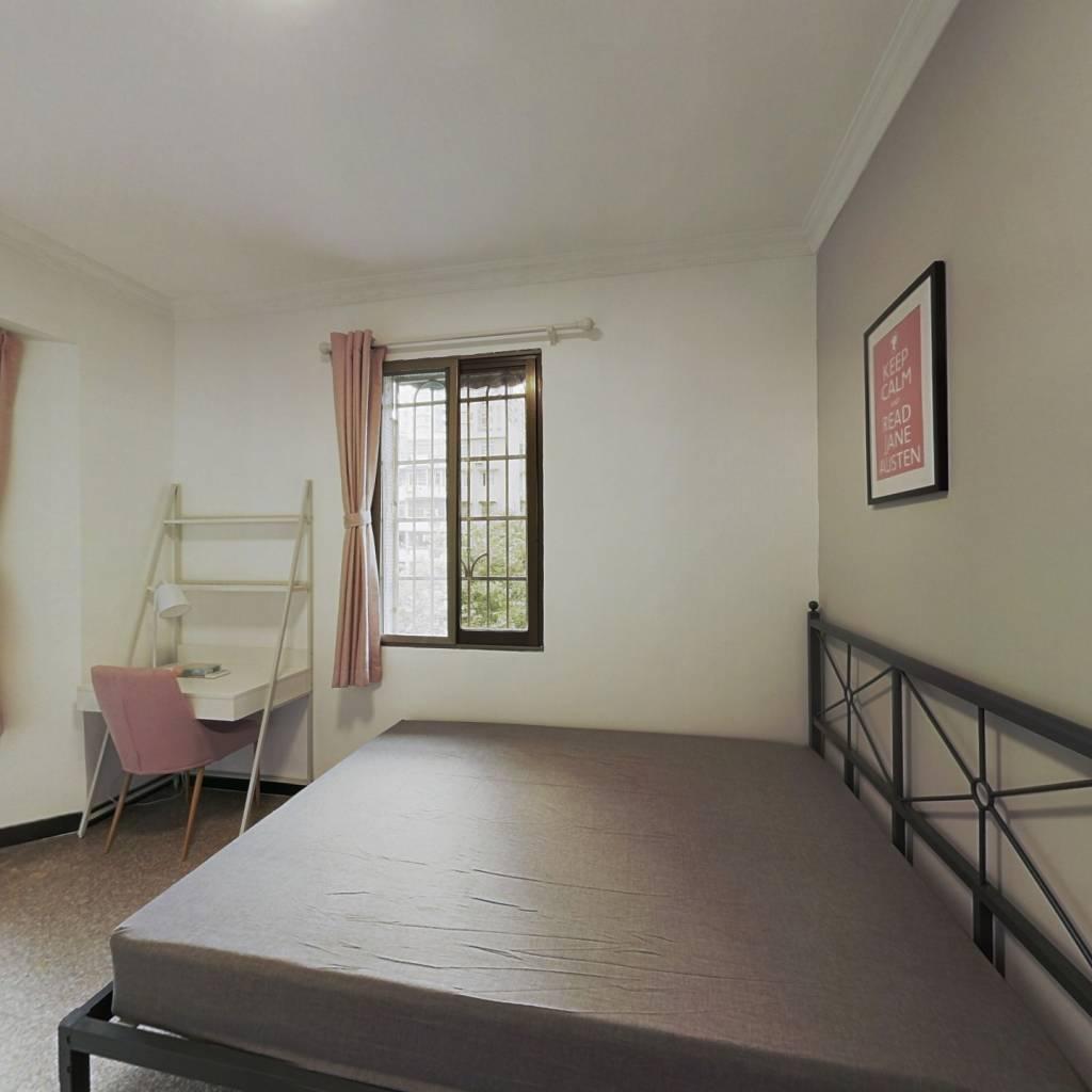 合租·德荣小区 3室1厅 西卧室图