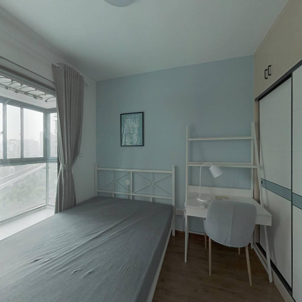 合租·融科天城一期 4室1厅 东卧室图