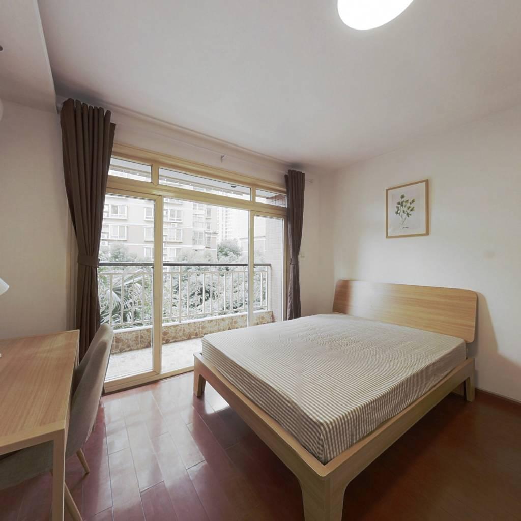 合租·蜀都花园 3室1厅 南卧室图