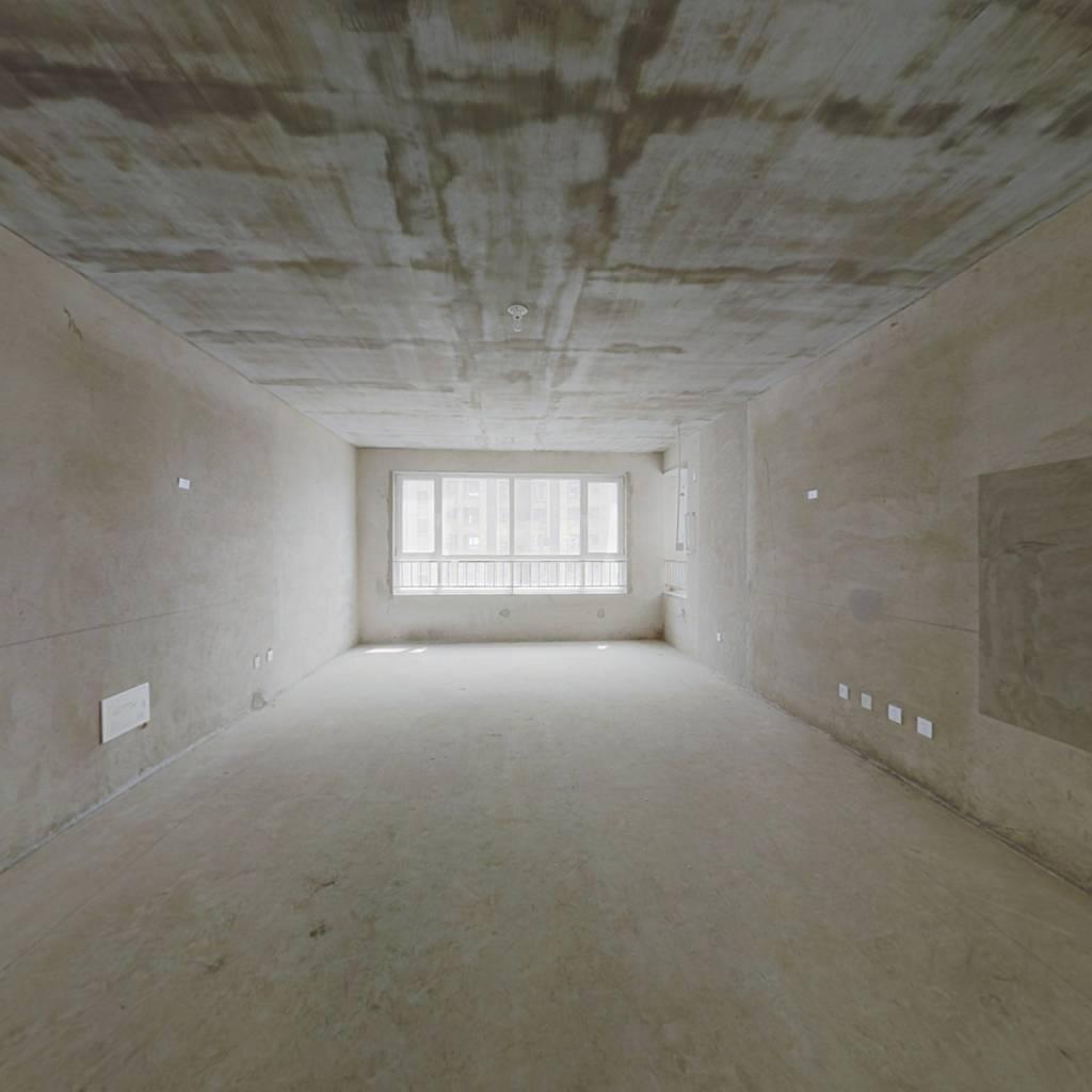 福地隆城毛坯房单价1.1万离着烟台山医院过街就是