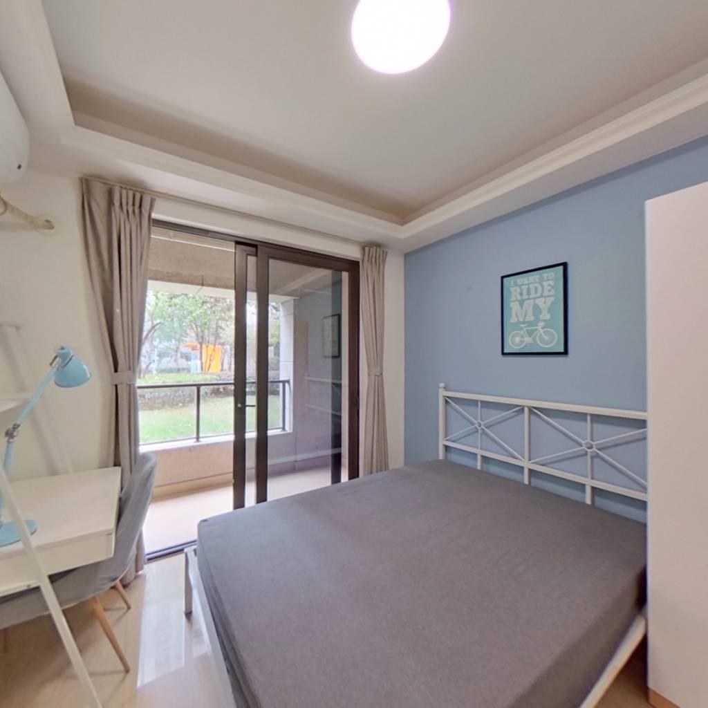 合租·合景天峻 4室1厅 北卧室图