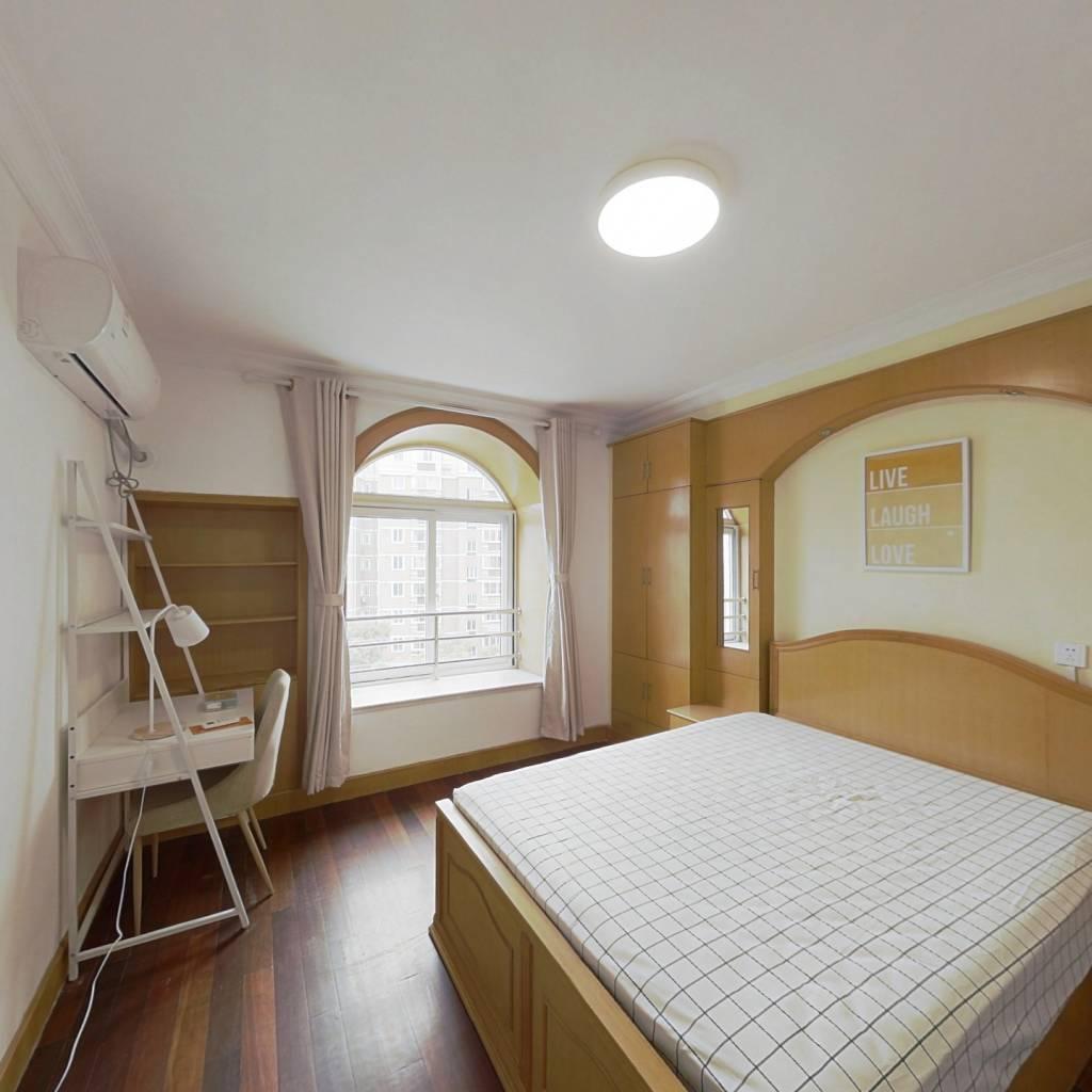 合租·文化花园明珠苑 3室1厅 南卧室图