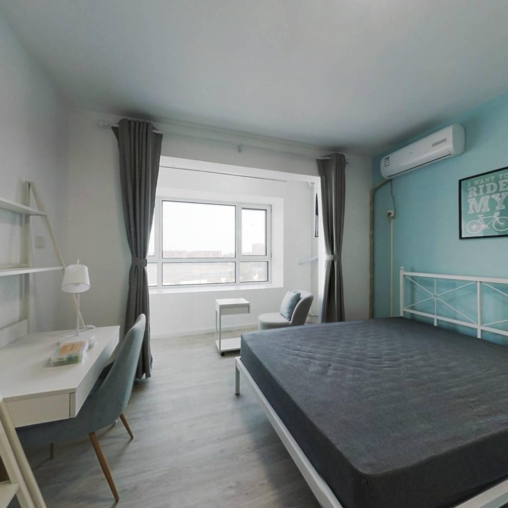 合租·融泰城 3室1厅 北卧室图
