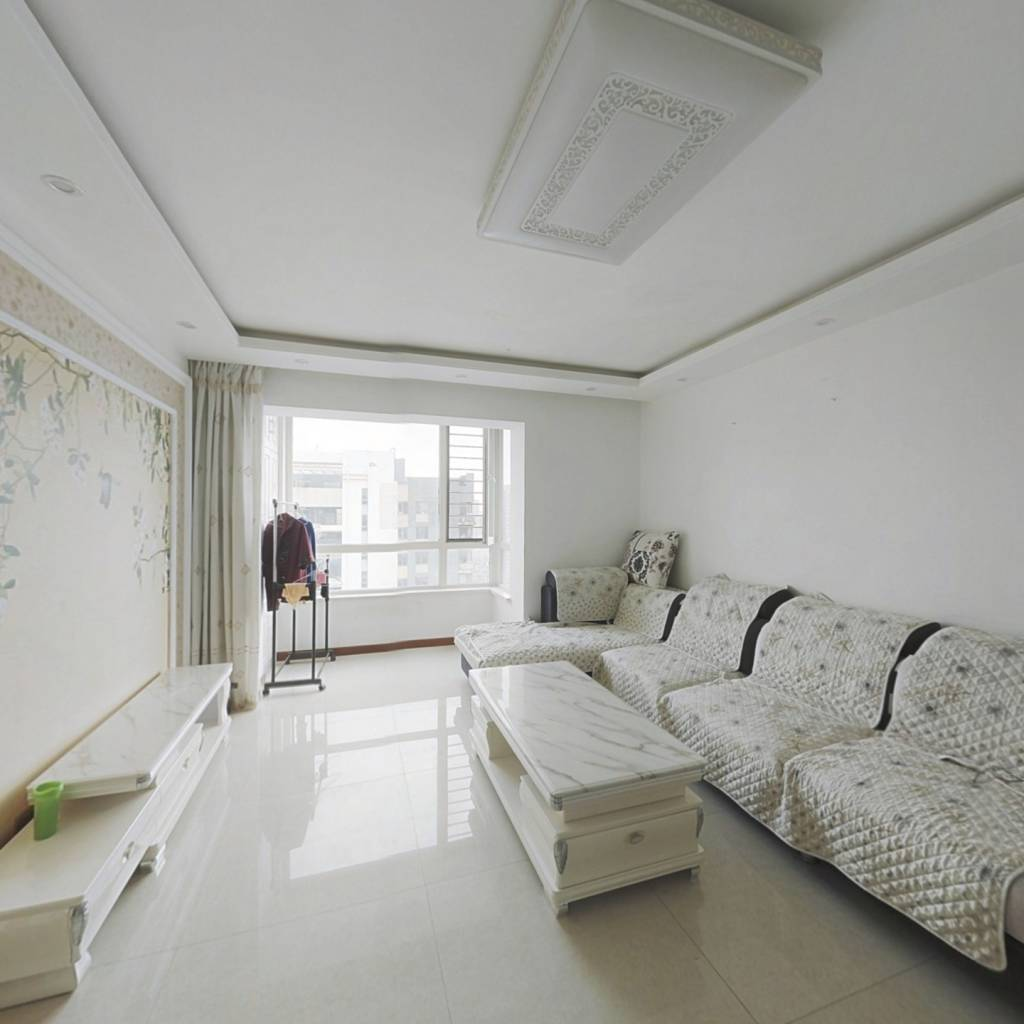 水木清华 ,精装 手续齐全 看房方便 环境优美