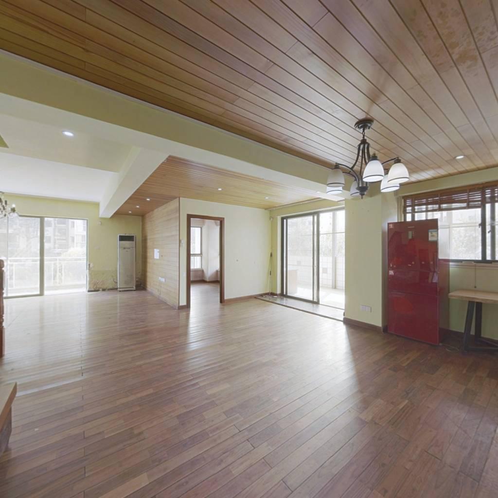 小区内中庭位置  楼中楼户型 必看好房