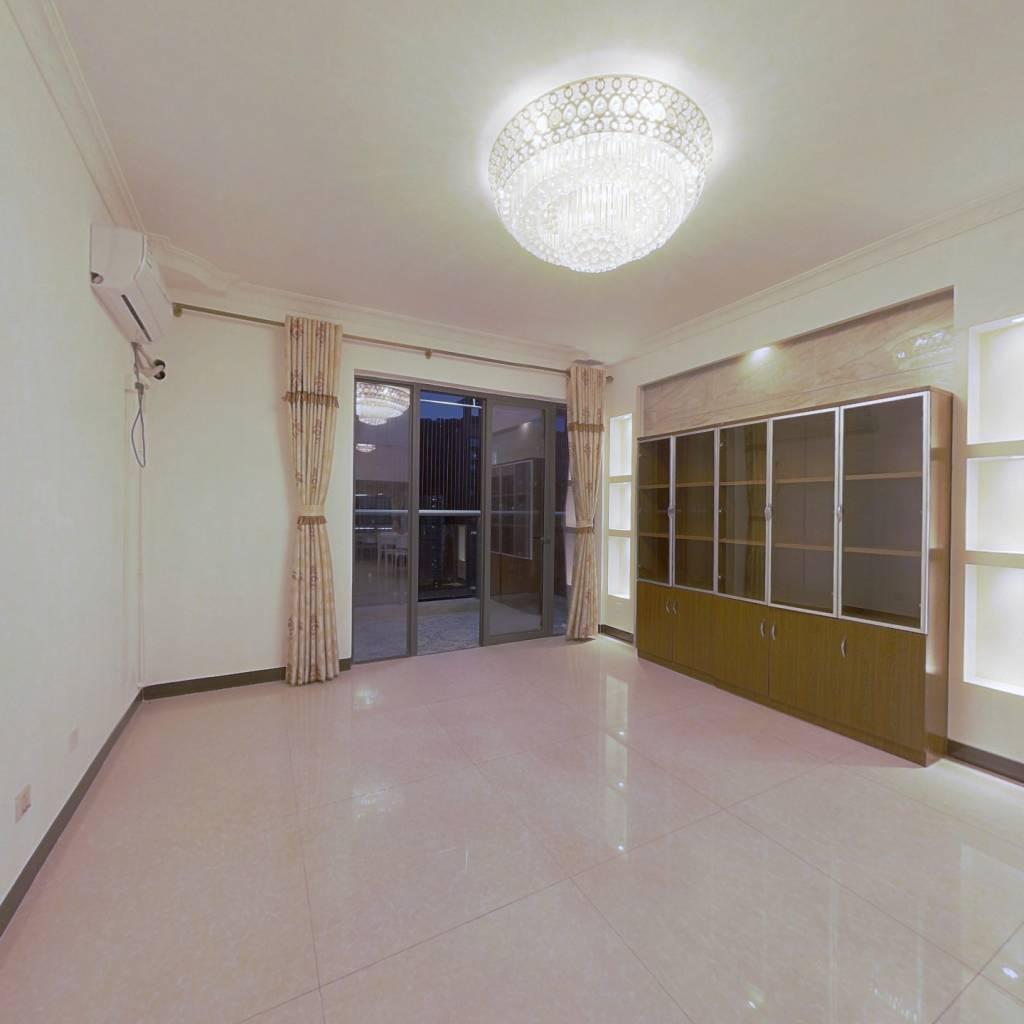 合租·佳兆业前海广场一期 5室1厅 北卧室图