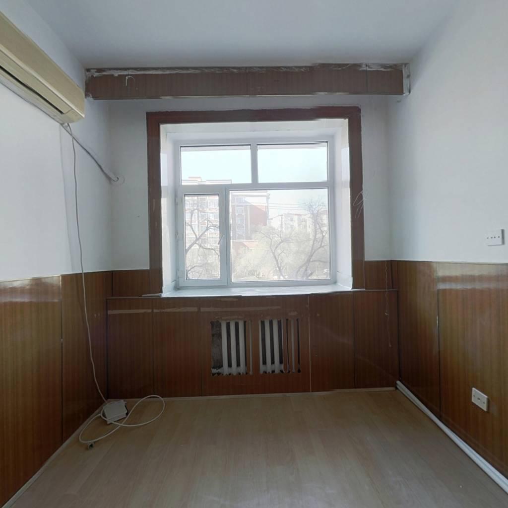 此房满五唯一,楼层好,采光充足,视野开阔,配套设施