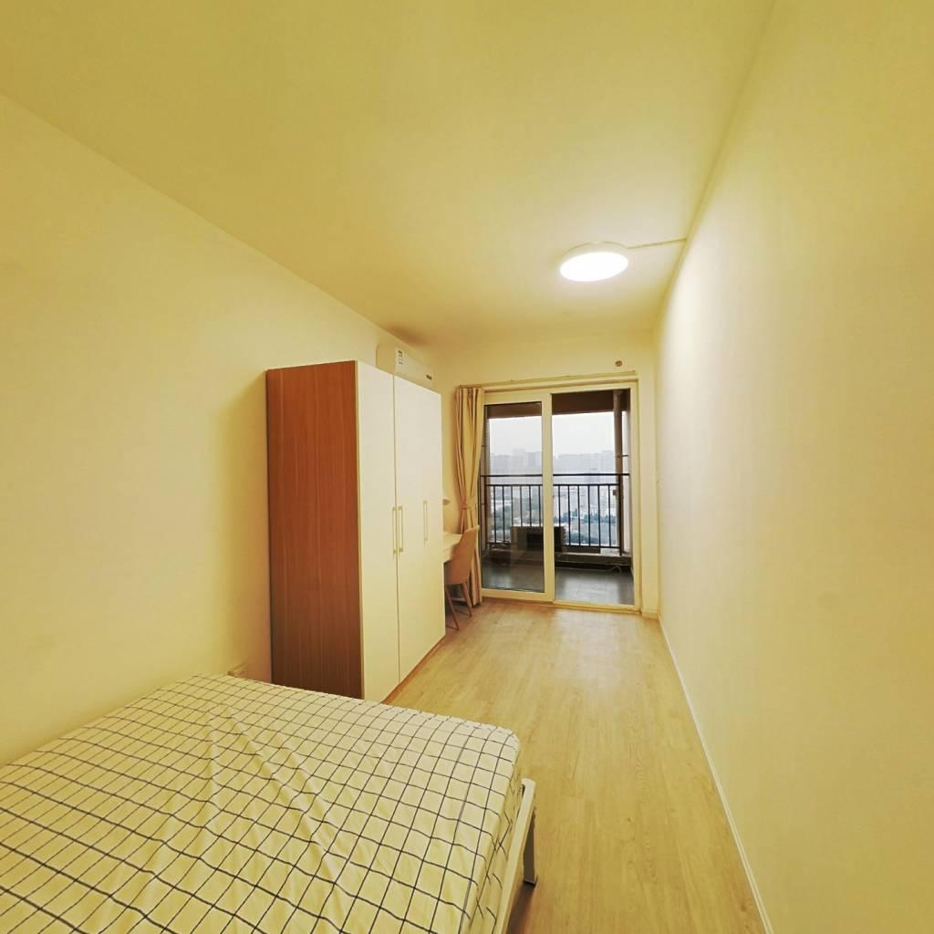 合租·美洲花园棕榈湾 3室1厅 南卧室图