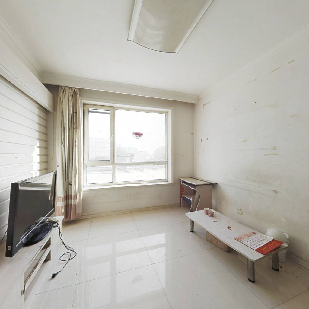 生辉第yi城 标准一室一厅 取暖好 近快轨站