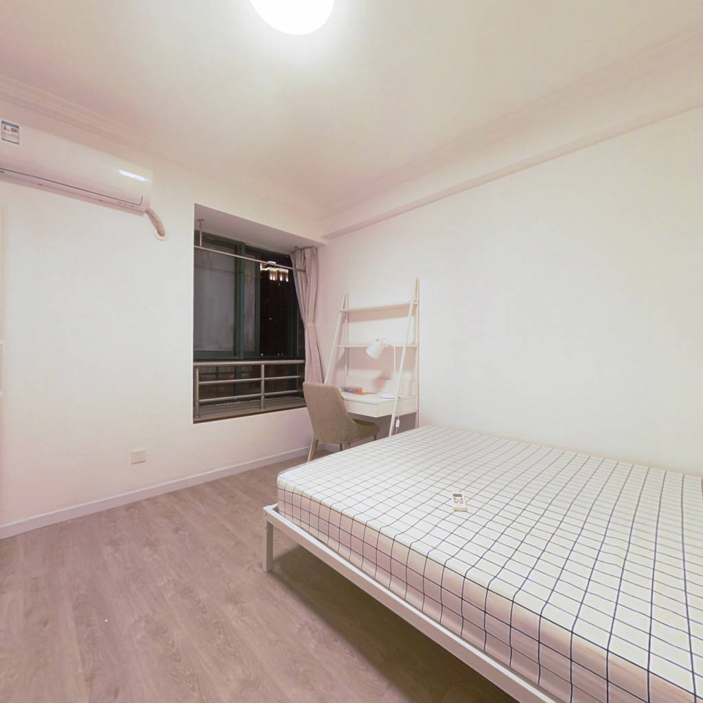 合租·徐汇公寓 3室1厅 东卧室图