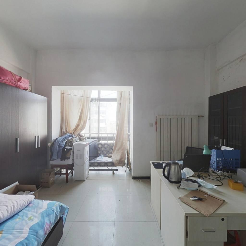 前程里公寓楼  价格低 好出租   看房方便