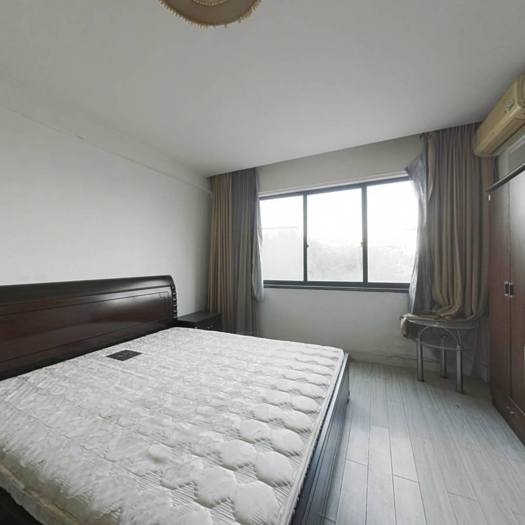 东瑞酒店公寓1室1卫,东边套采光好
