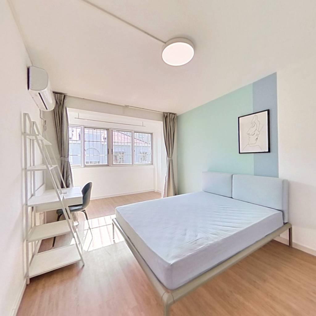 合租·新德公寓(浦东) 4室1厅 南卧室图