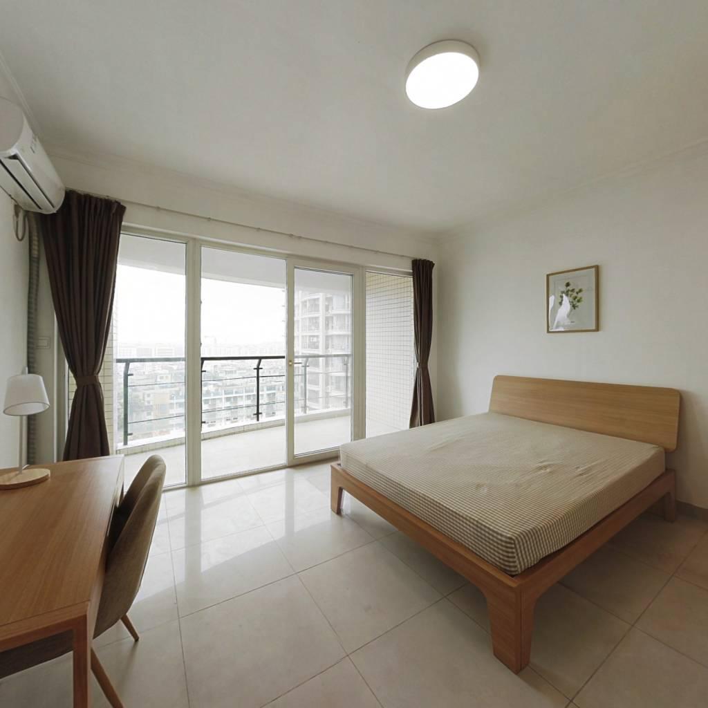 合租·信步闲庭 5室1厅 南卧室图