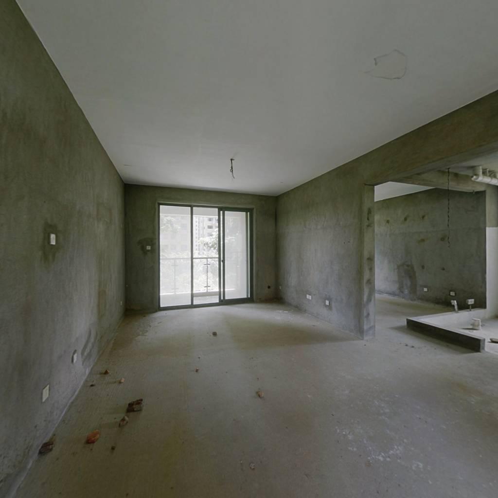 贵安新天地环境优美的贵雅苑,超大客厅超大卧室