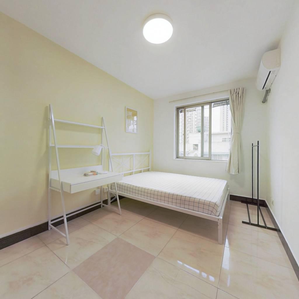 合租·长城小区38分布 4室1厅 东卧室图