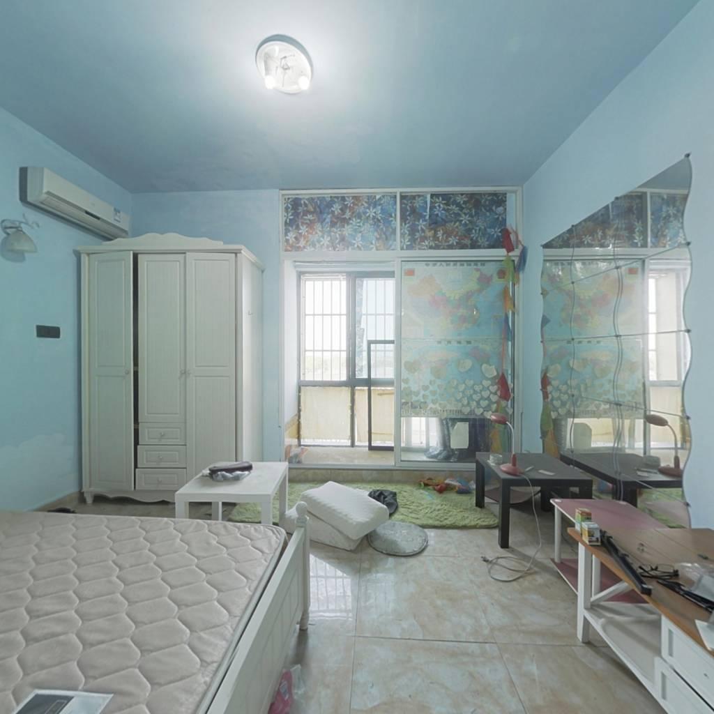 单身公寓 户型良好 精装修 拎包入住