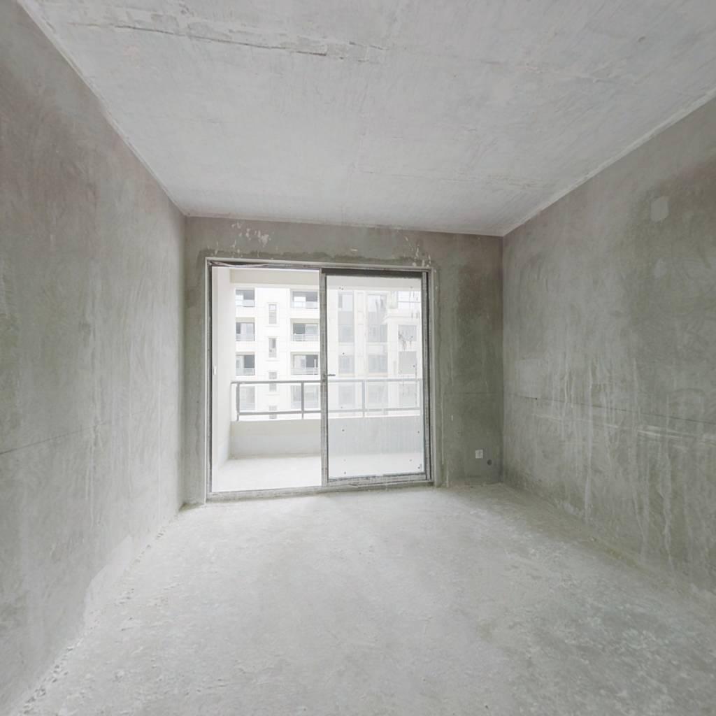 鲁能领秀城,清水三室洋房。。。