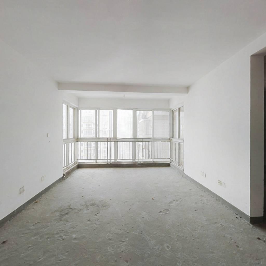 楼层好  满五唯一免个税  落地窗  正南向