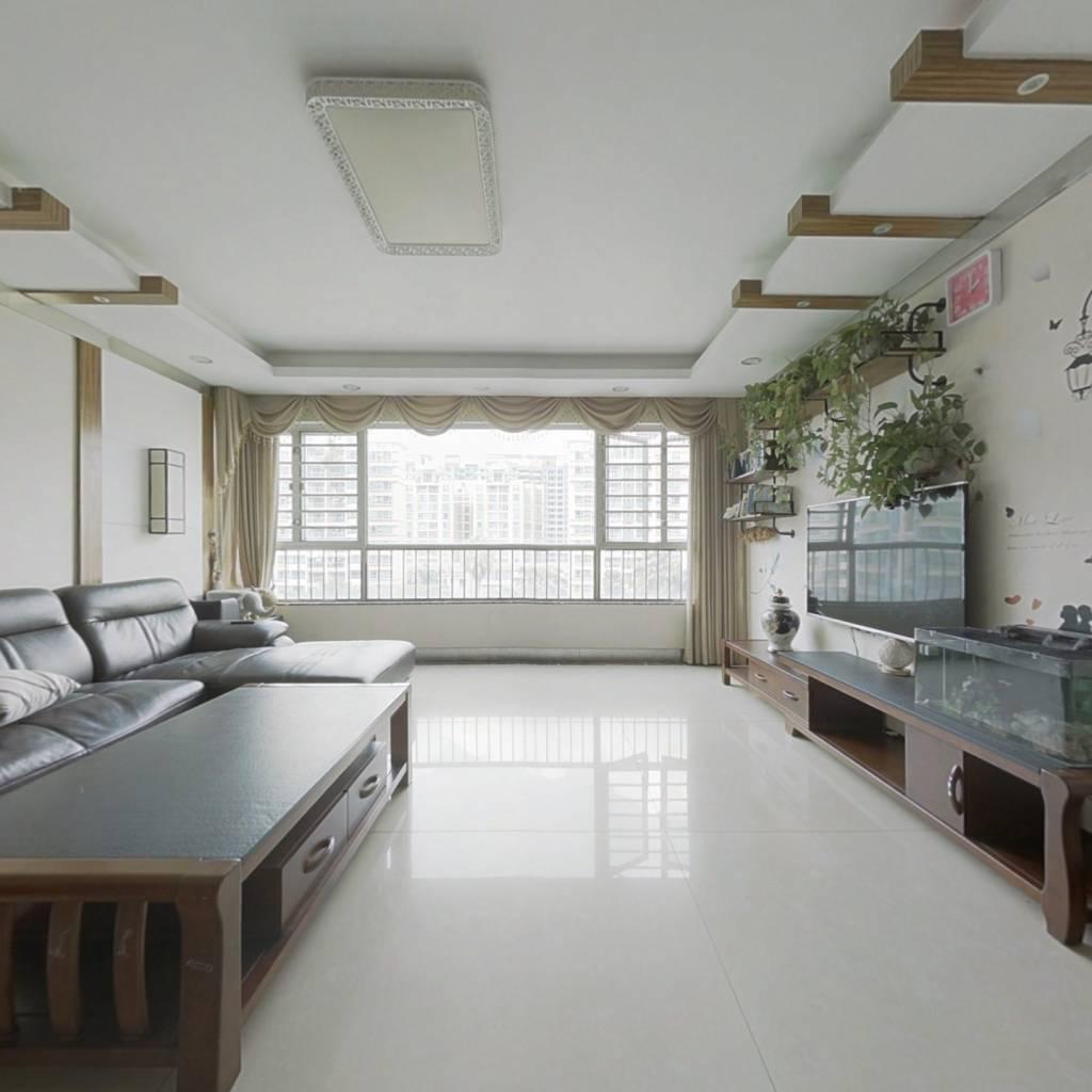丽景新园 5室2厅 西北