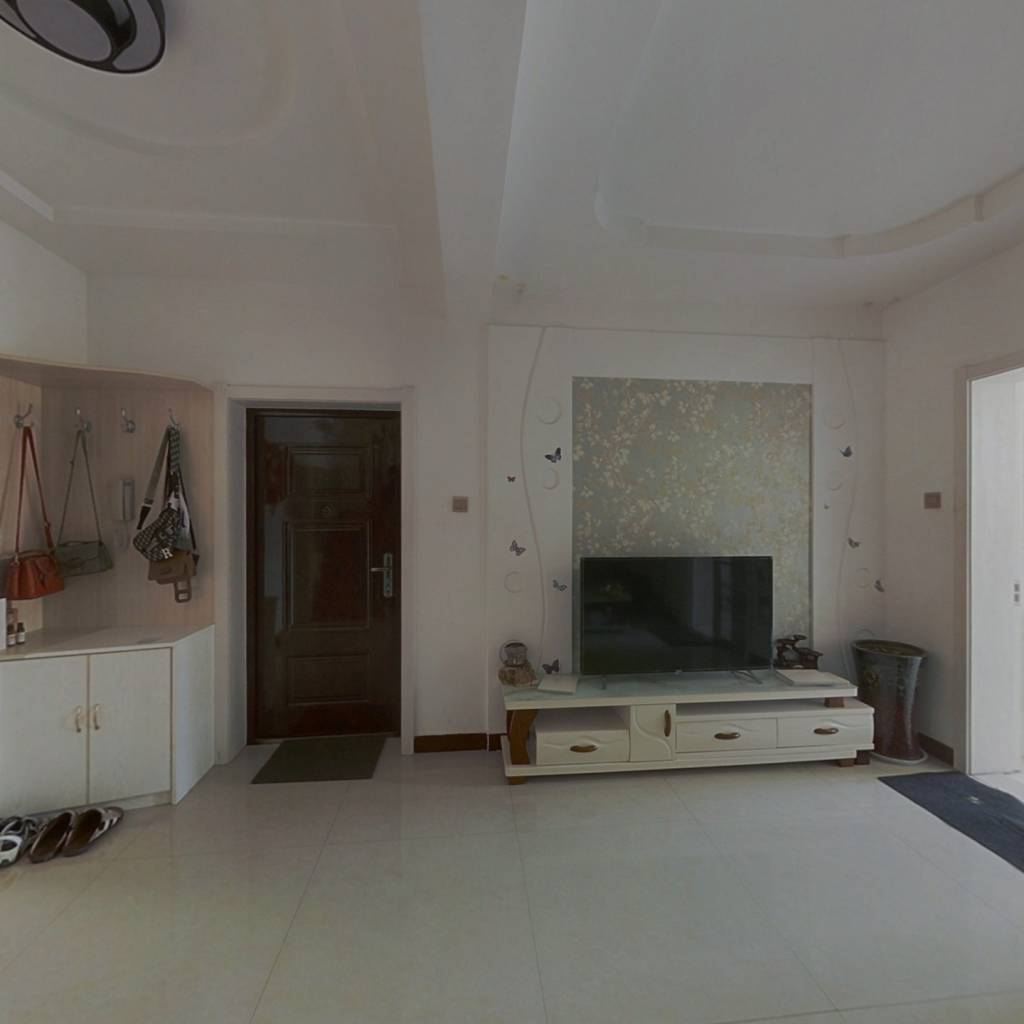 143平米,四室两厅两卫,复式房,精装修!