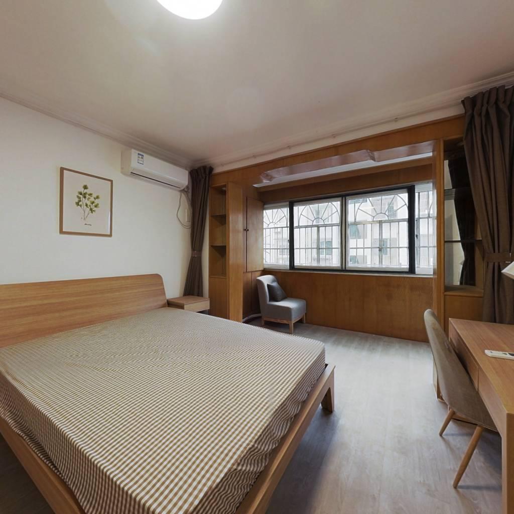 合租·南都花园 5室1厅 南卧室图