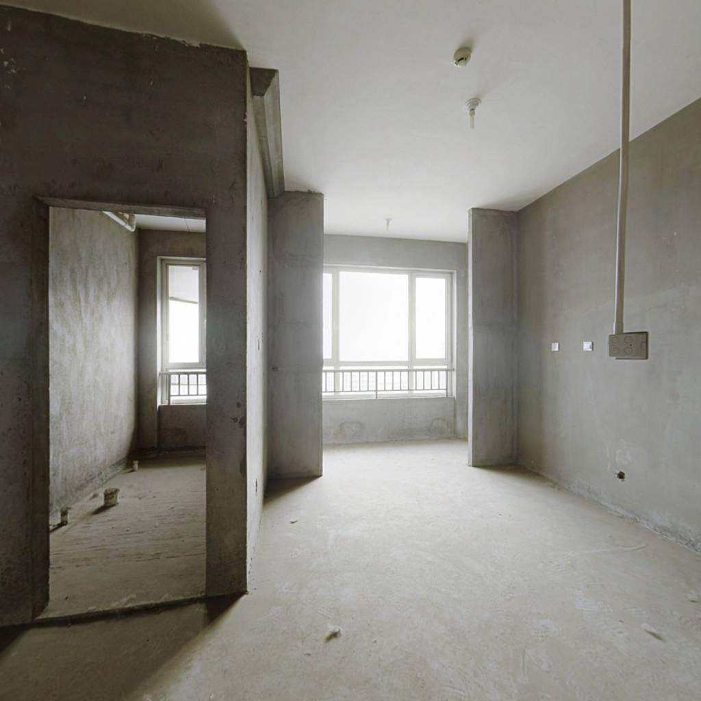 一品城 3室2厅 南