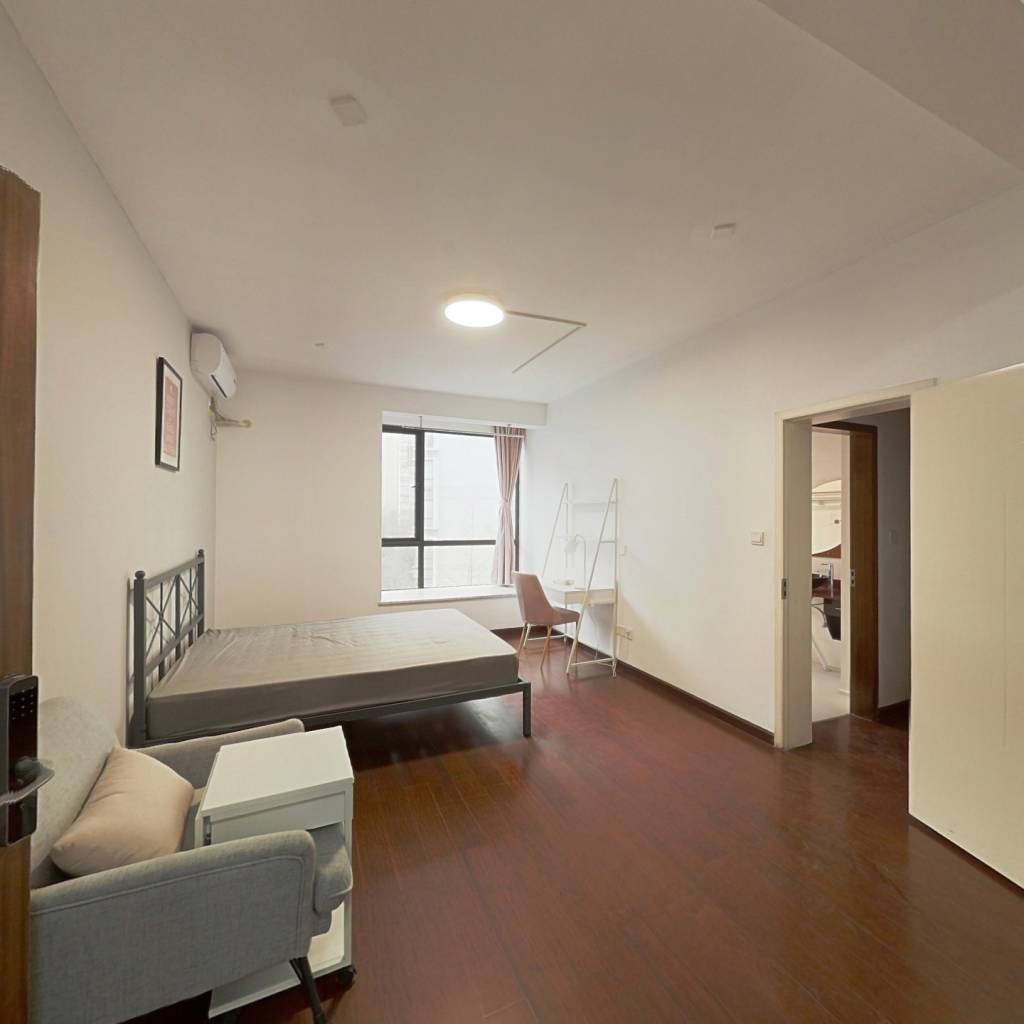 合租·蓝谷地一二期 4室1厅 东卧室图