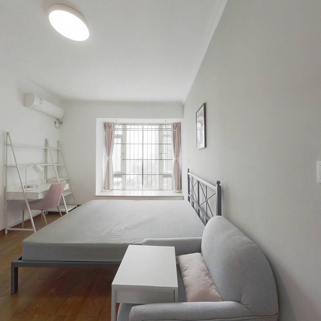 合租·华景新城芳满庭园 5室1厅 南卧室图