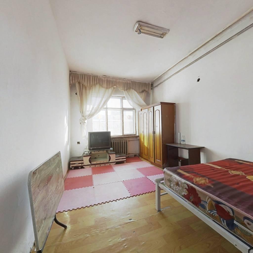 满五唯一,两室一厅,户型好,采光充足,视野开阔